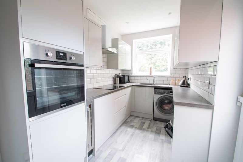 3 bed house for sale in Mayswood Grove 2