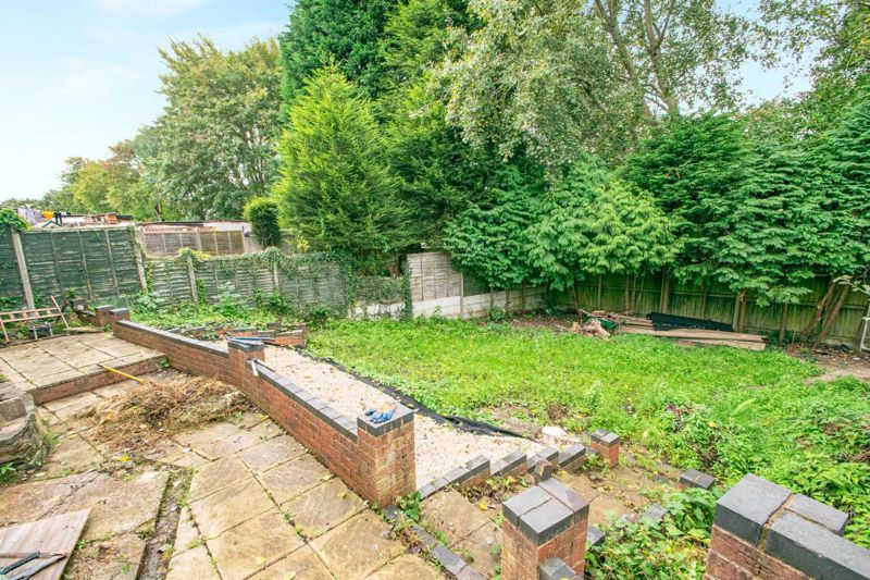 3 bed house for sale in Mayswood Grove 12