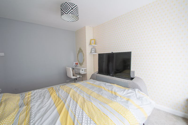 3 bed house for sale in Mayswood Grove 7