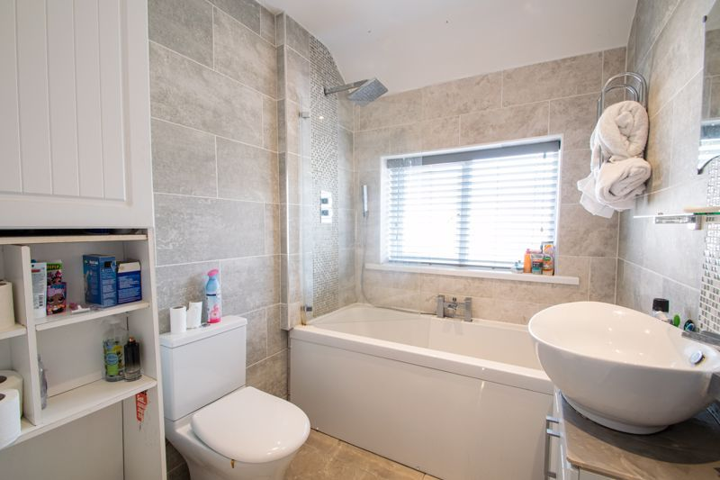 3 bed house for sale in Mayswood Grove 10