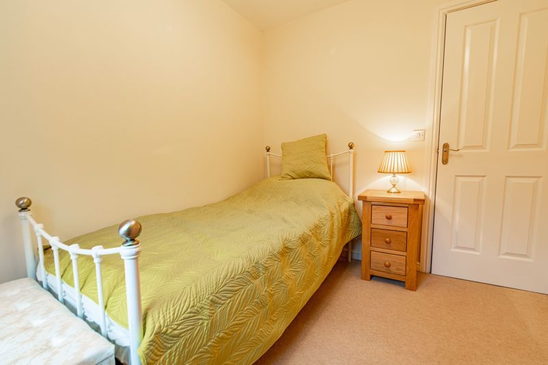 4 bed house for sale in Appletrees Crescent  - Property Image 11