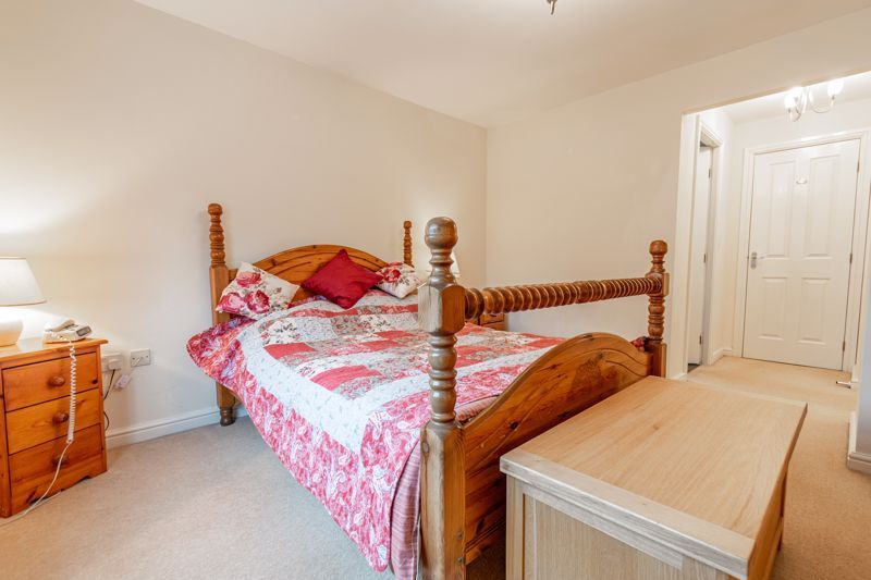 4 bed house for sale in Appletrees Crescent  - Property Image 16