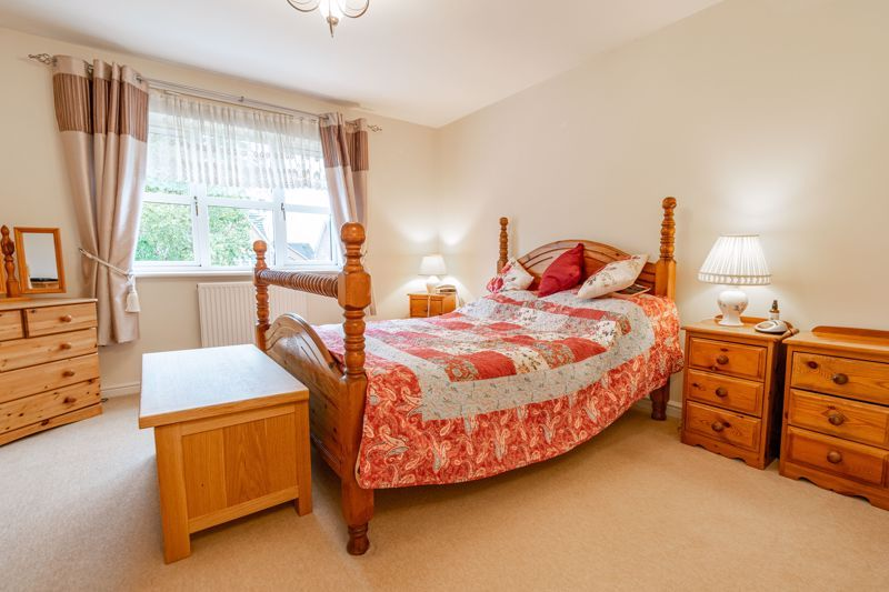 4 bed house for sale in Appletrees Crescent  - Property Image 8