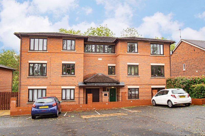 2 bed flat for sale in Minworth Close 1