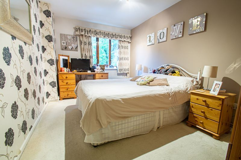2 bed flat for sale in Minworth Close  - Property Image 3