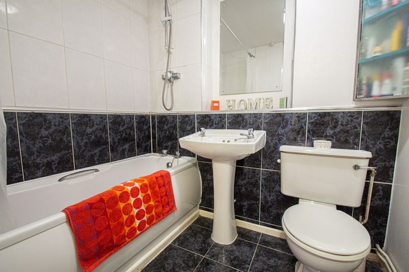2 bed flat for sale in Minworth Close 8