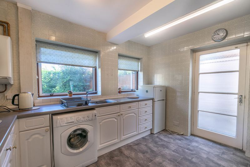 3 bed house for sale in Vicarage Crescent 2