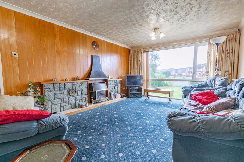 4 bed house for sale in Arundel Road  - Property Image 3