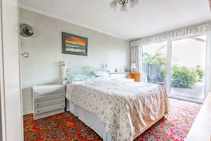4 bed house for sale in Arundel Road 7