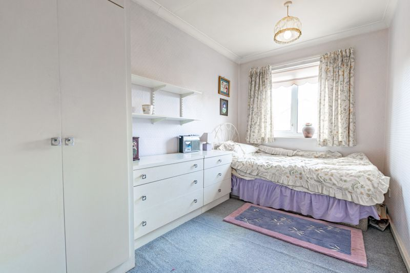 4 bed house for sale in Arundel Road 10