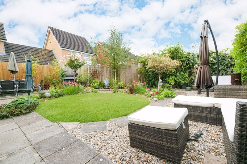 3 bed house for sale in McConnell Close 11