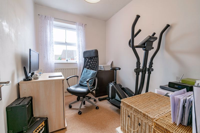 3 bed house for sale in McConnell Close 8