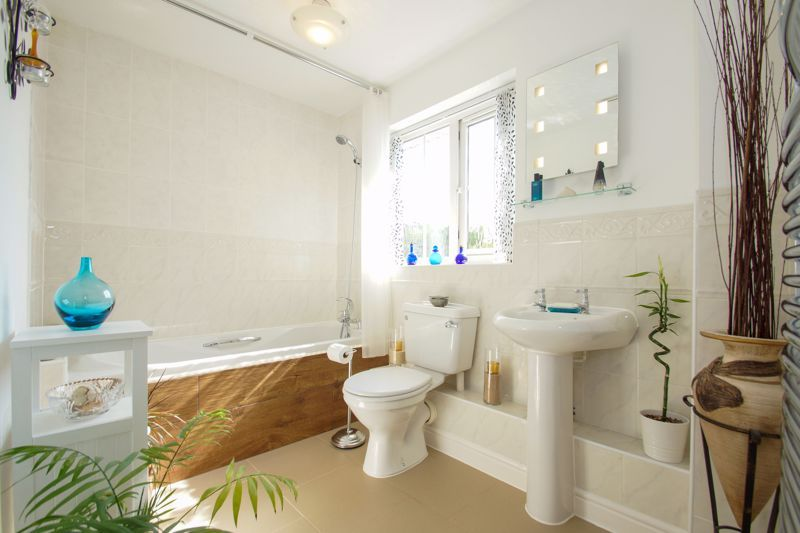 3 bed house for sale in Ticknall Close 13
