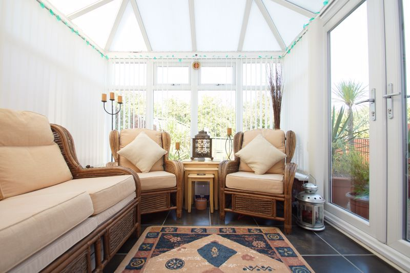 3 bed house for sale in Ticknall Close 6