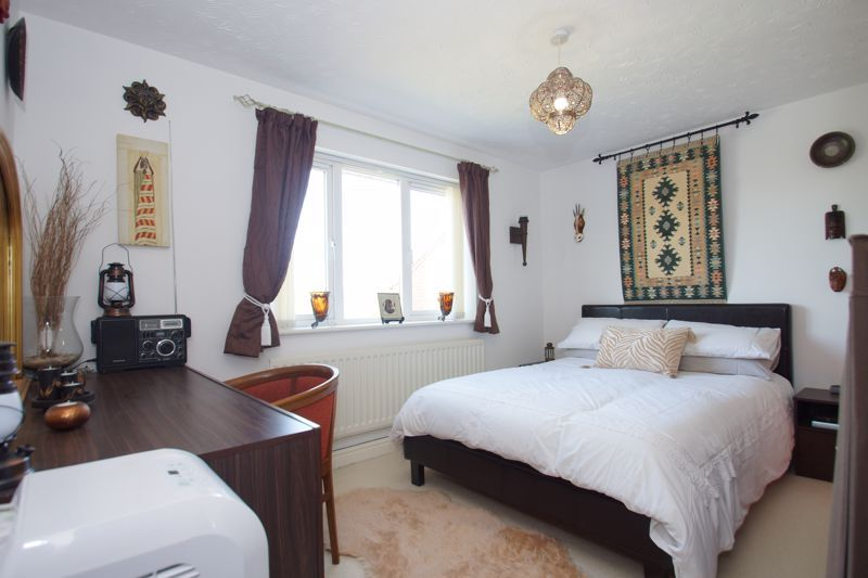 3 bed house for sale in Ticknall Close 9
