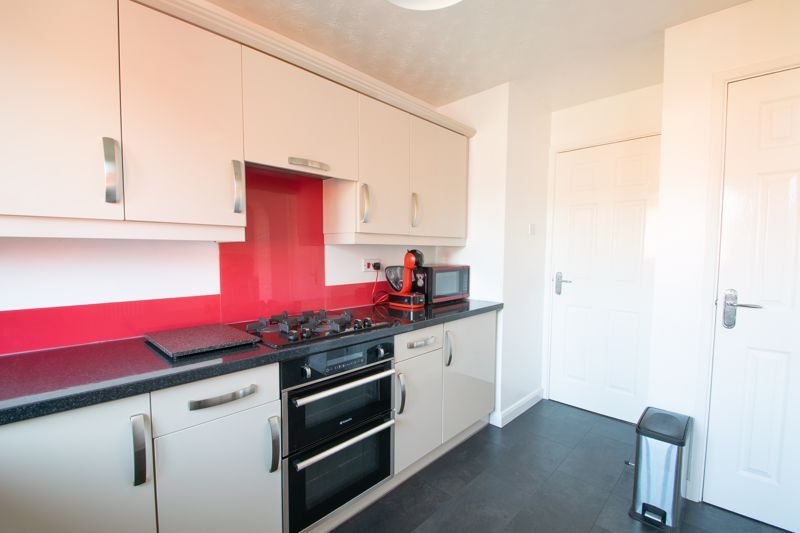 4 bed house for sale in Vestry Close  - Property Image 15