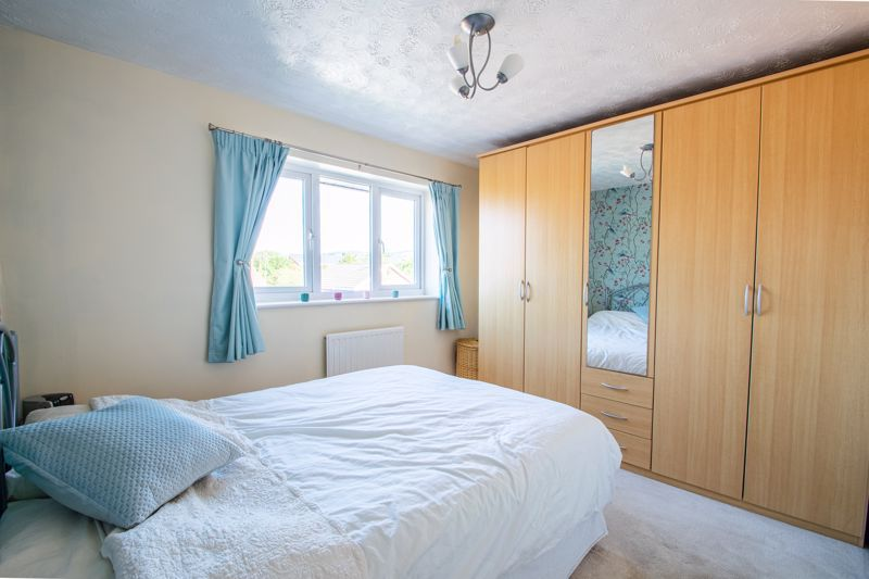 4 bed house for sale in Vestry Close 7