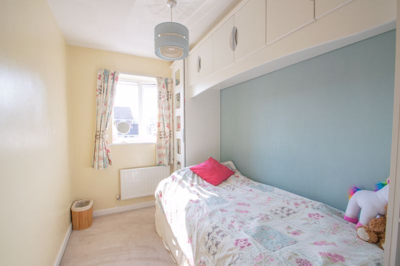 4 bed house for sale in Vestry Close 10