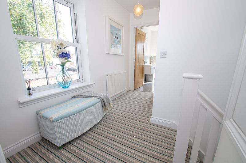 3 bed house for sale in Greyhound Lane 11