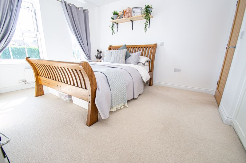 3 bed house for sale in Greyhound Lane 6