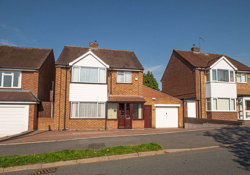 4 bed house for sale in Mason Road - Property Image 1