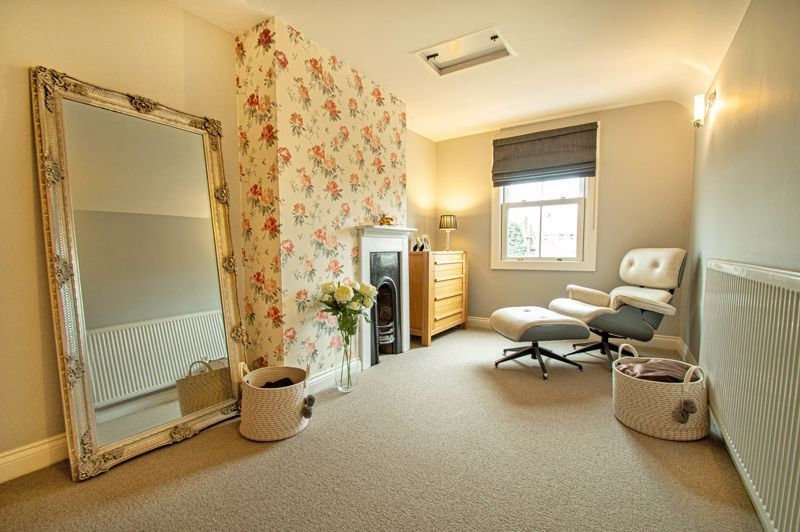 4 bed house for sale in Wood Street 14