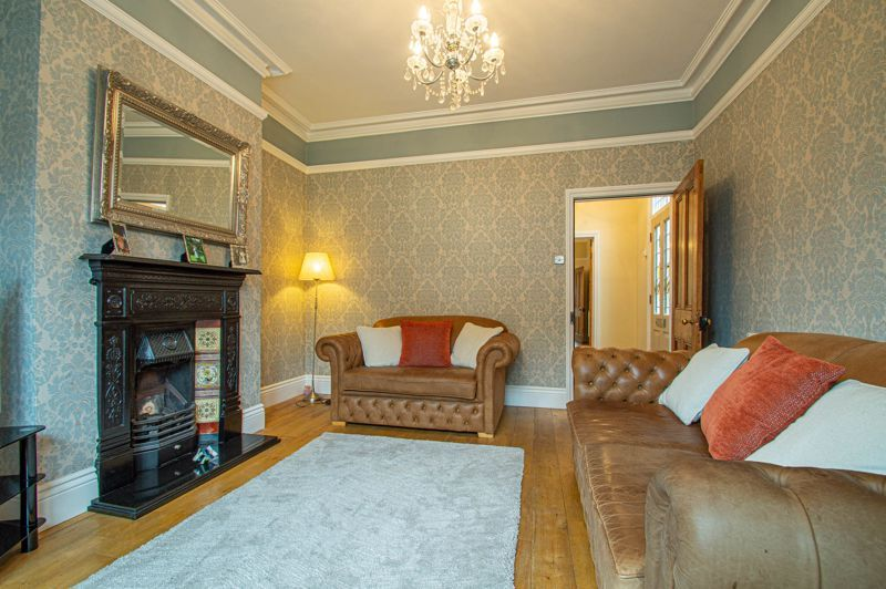 4 bed house for sale in Wood Street  - Property Image 16