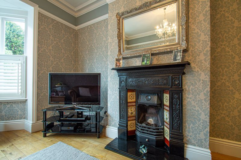 4 bed house for sale in Wood Street  - Property Image 17