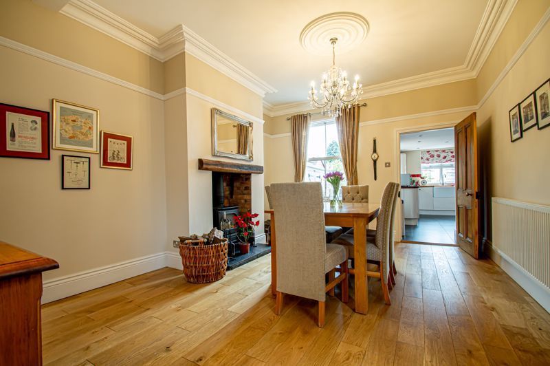 4 bed house for sale in Wood Street  - Property Image 18