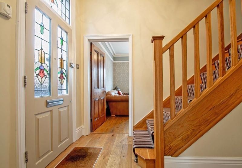 4 bed house for sale in Wood Street 8