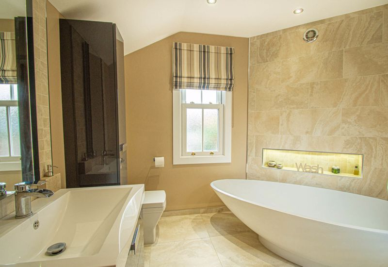 4 bed house for sale in Wood Street 10
