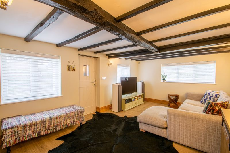 3 bed cottage for sale in Bromsgrove Road  - Property Image 2