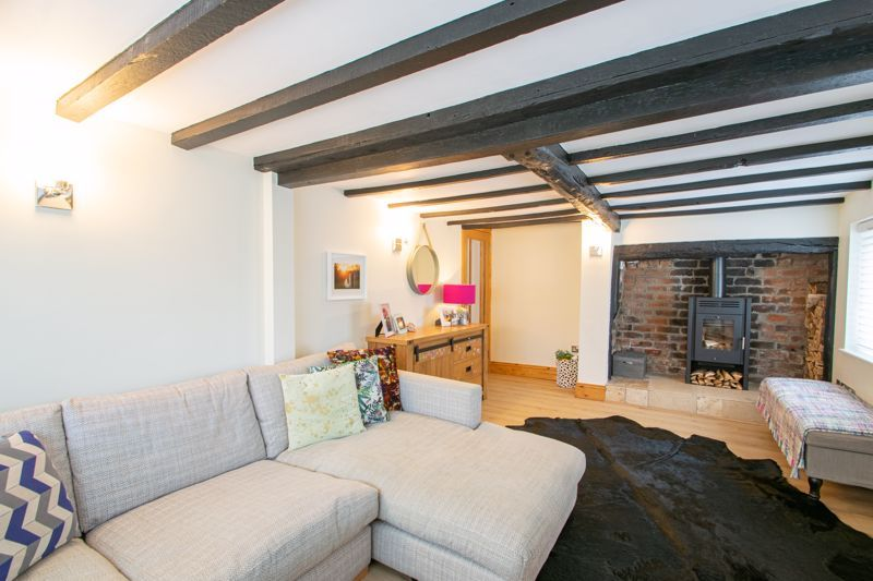 3 bed cottage for sale in Bromsgrove Road 4