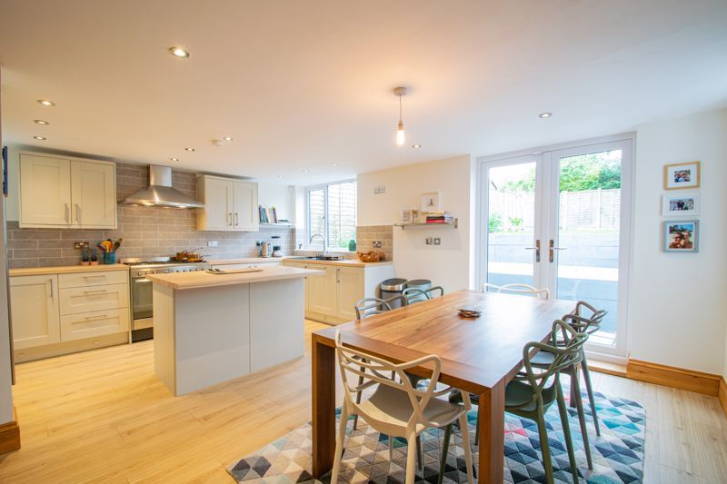 3 bed cottage for sale in Bromsgrove Road  - Property Image 6