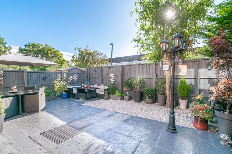 3 bed house for sale in Lassington Close 12