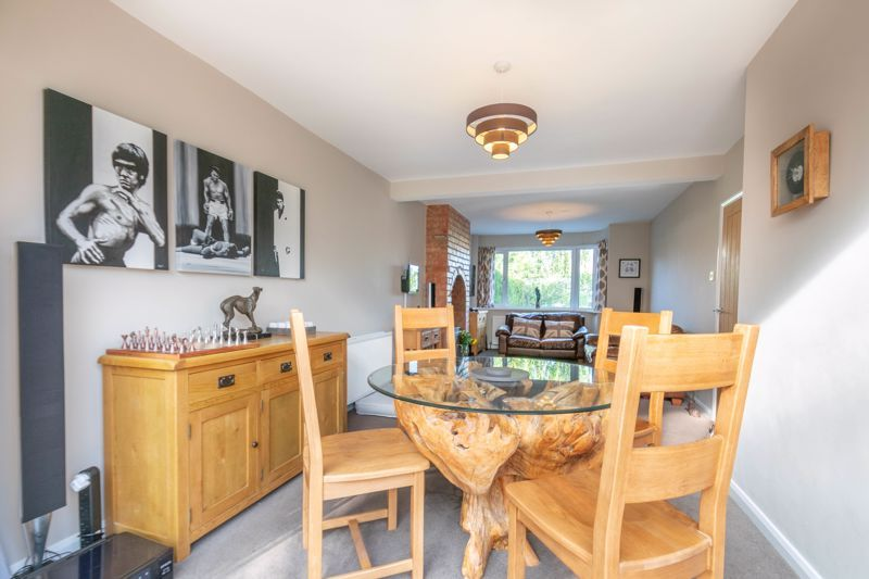 3 bed house for sale in Southwold Avenue 5