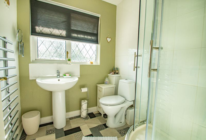 2 bed house for sale in Donnington Close  - Property Image 11