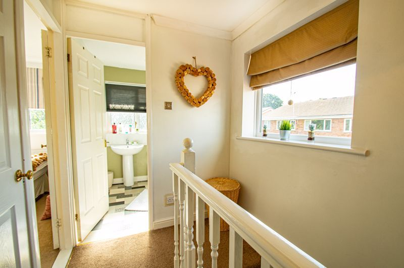 2 bed house for sale in Donnington Close 15