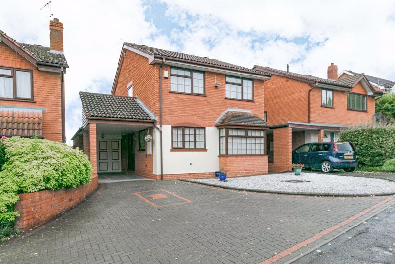 4 bed house for sale in Barley Croft 1