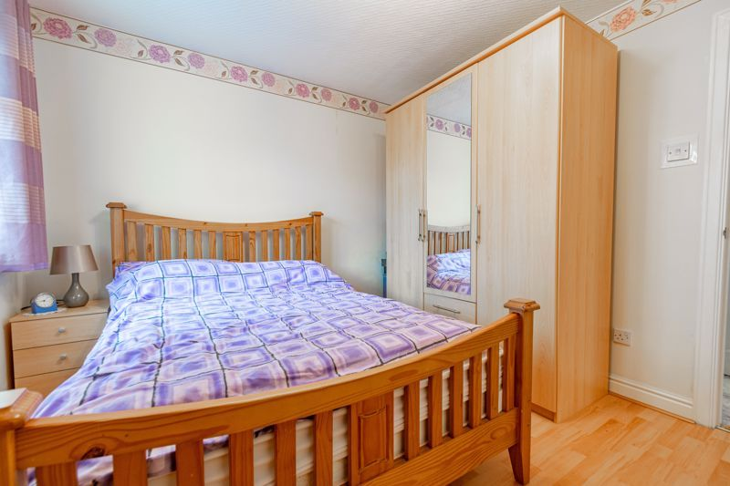 4 bed house for sale in Barley Croft  - Property Image 17