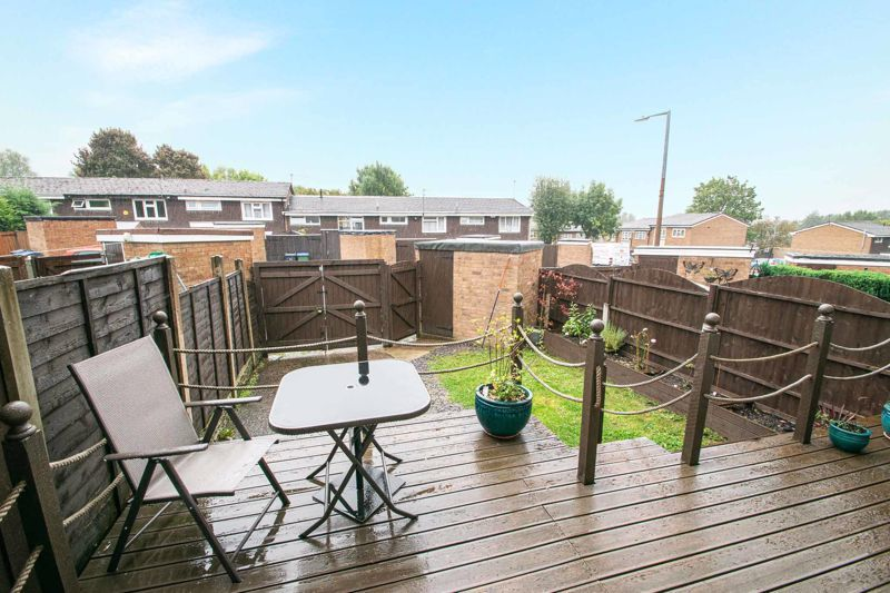 3 bed house for sale in Hartfields Way  - Property Image 12