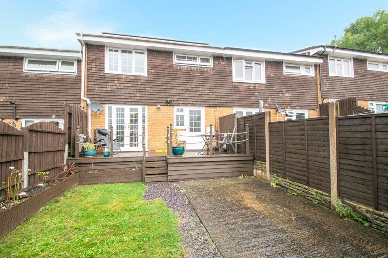 3 bed house for sale in Hartfields Way  - Property Image 13