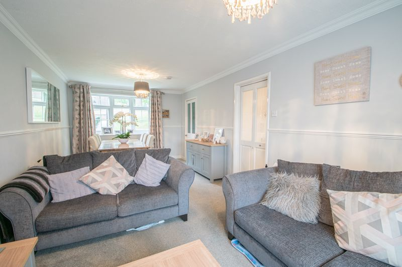 3 bed house for sale in Hartfields Way 3