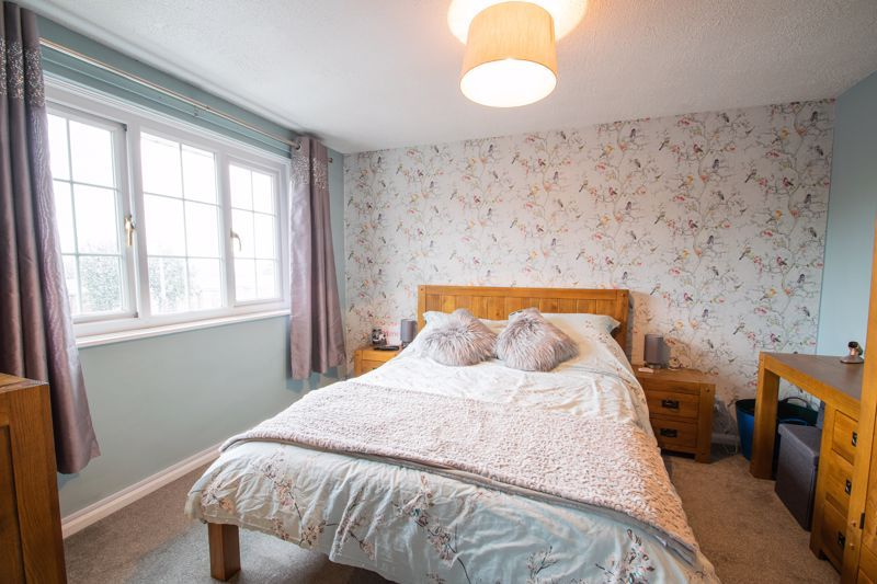 3 bed house for sale in Hartfields Way 7