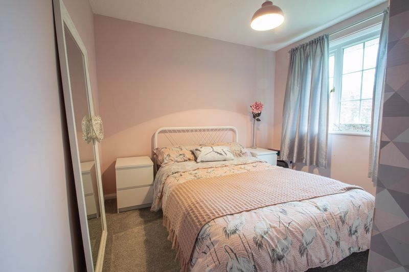 3 bed house for sale in Hartfields Way 10