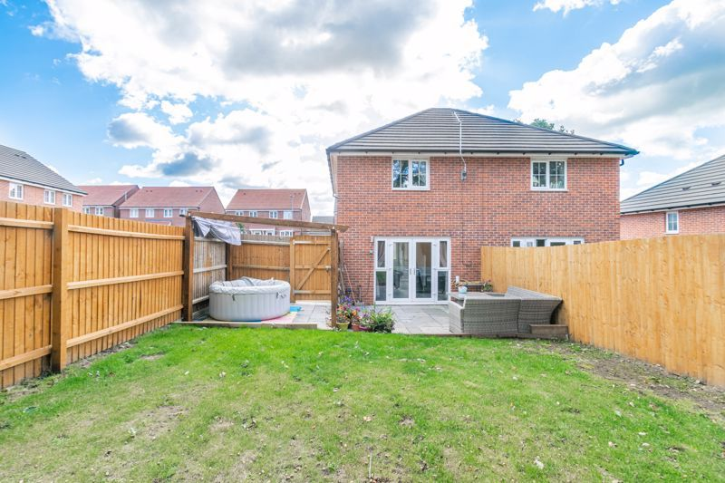 2 bed house for sale in Hopesay Close 10