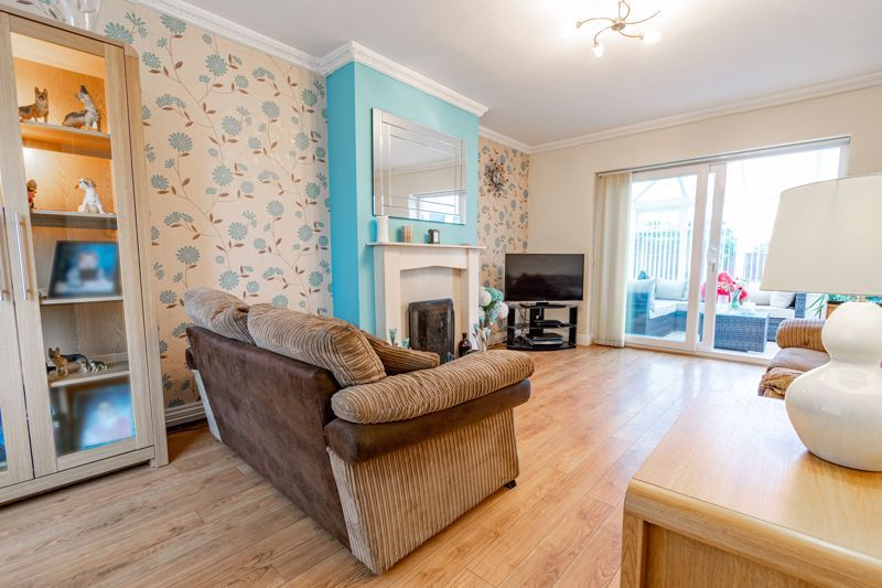 3 bed house for sale in Humphrey Avenue 3
