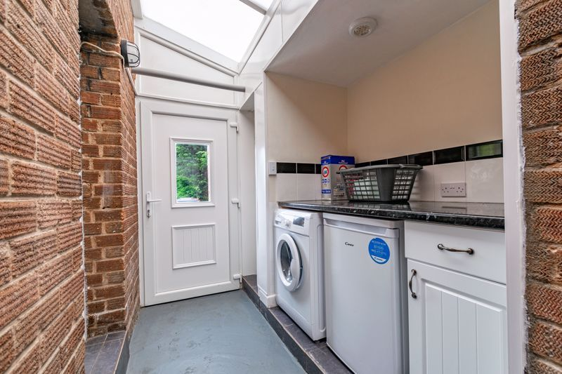3 bed house for sale in Humphrey Avenue 7