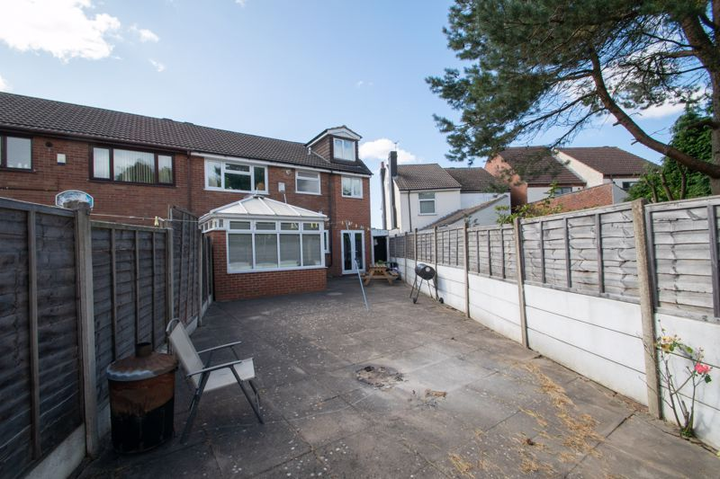 6 bed house for sale in Springfield Road 13