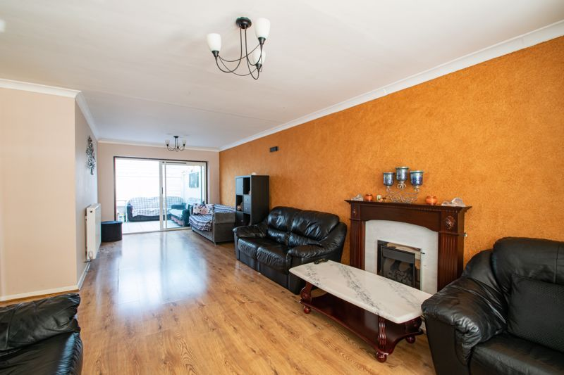 6 bed house for sale in Springfield Road 15